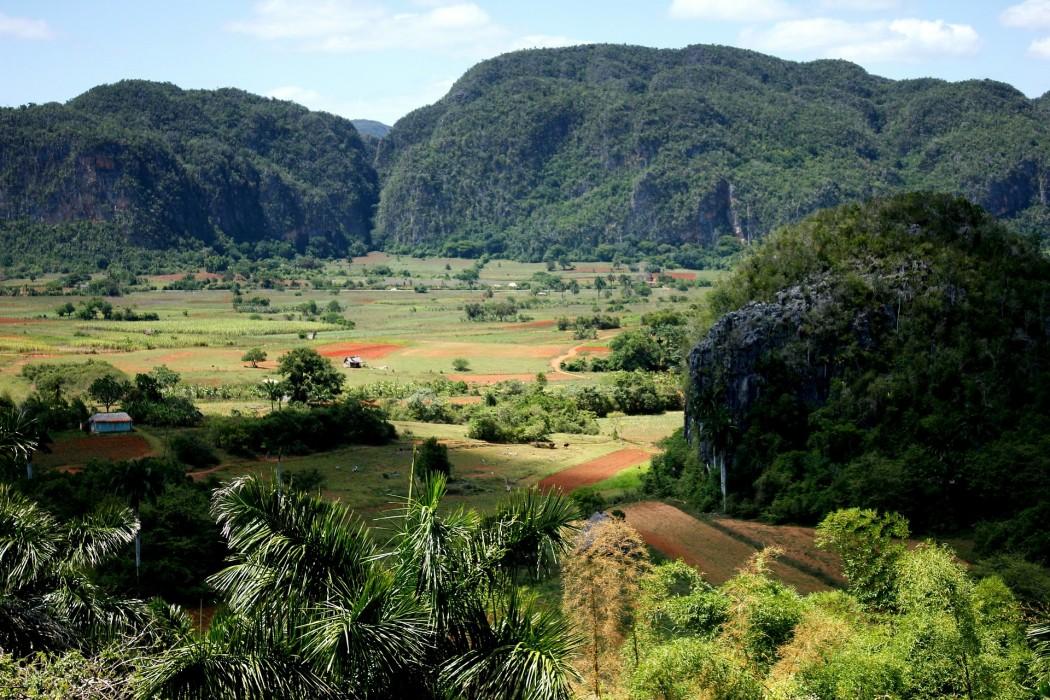 Typisch Kuba: Valle de Vinales – atemberaubende Landschaft