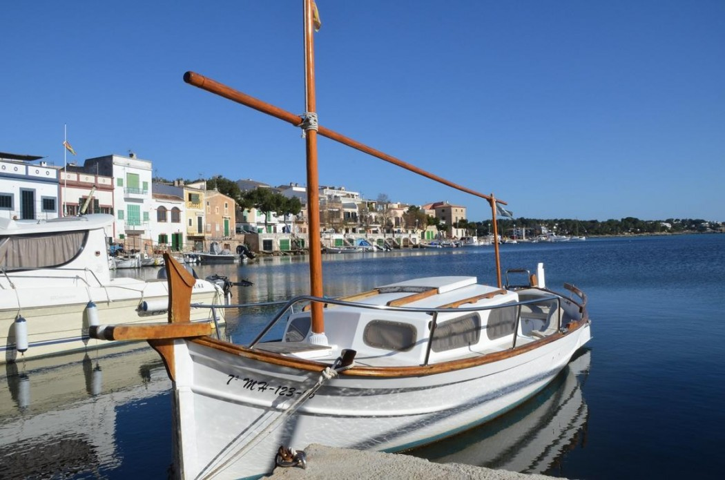 Typisch Mallorca: Sehenswerte Ausflugsziele wie der Hafen Porto Colom