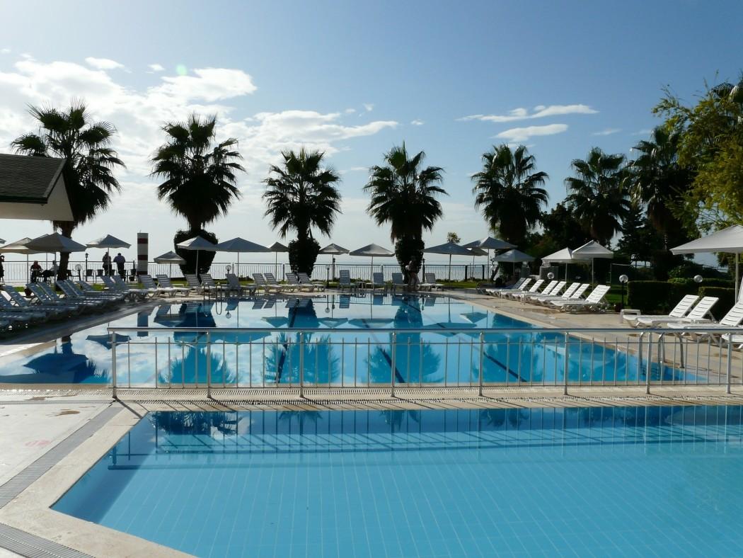 Hotels auf Inseln buchen: Coole Pools