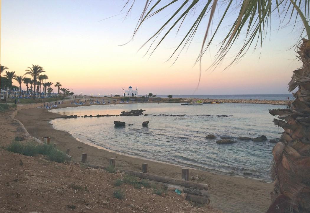 Typisch Zypern:  Ganzjährig bestes Badewetter