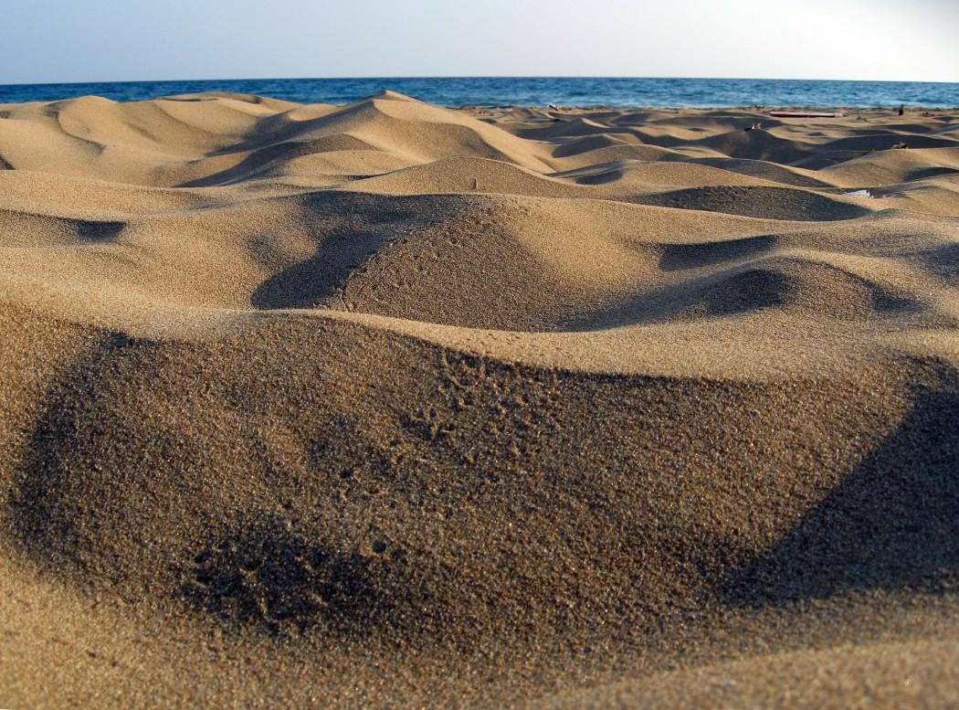 Typisch Zypern: Goldgelbe Sandstrände wie am Golden Beach