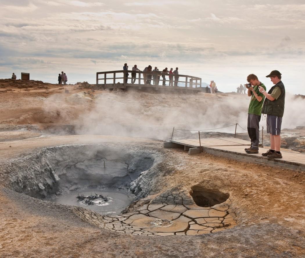 Typisch Island: Heiße Quellen wie am Namasgard
