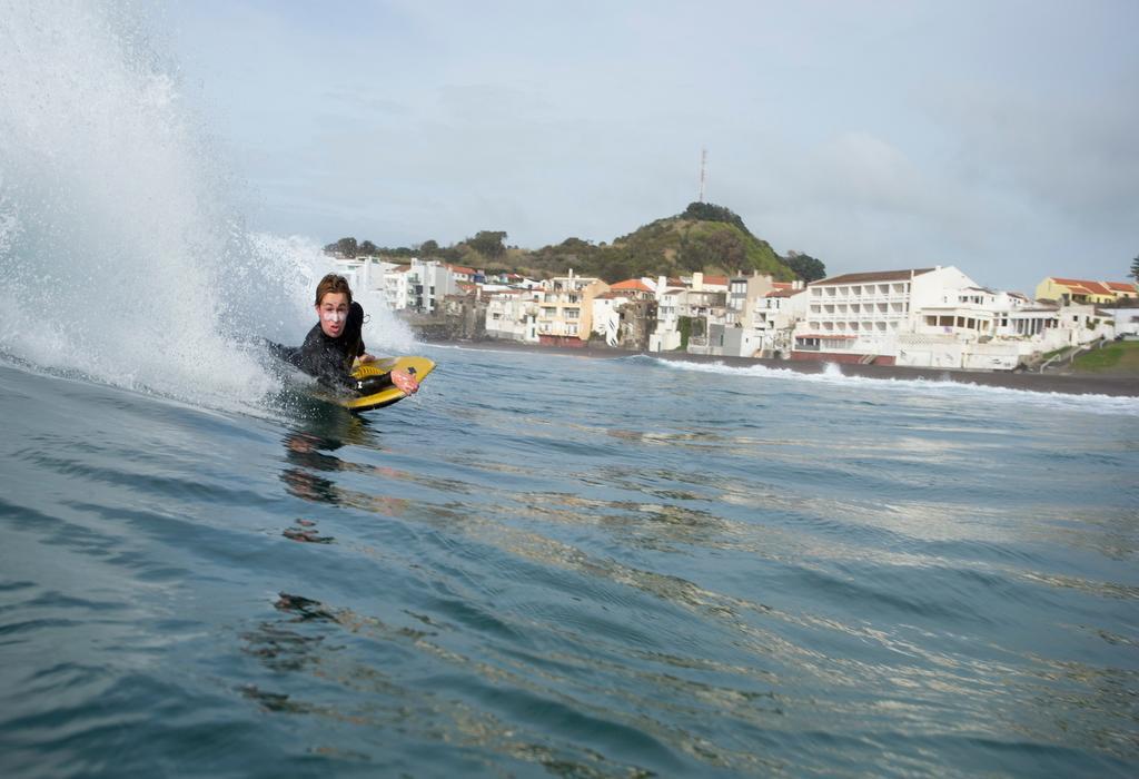 Typisch Azoren: Big Waves für Wellenreiter und Bodyboarder