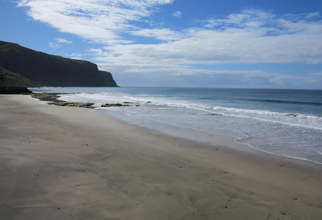 Typisch Azoren: Formosa-Strand auf Santa Maria