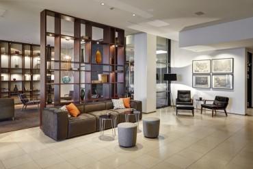 island_hotel_hilton-reykjavik-nordica-lobby-area-05-2014_15